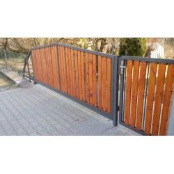 Posuvná brána výplň dřevo 2