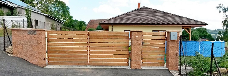 brána dvoukřídlová